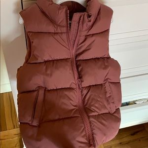 Old navy puffer vest, dusty rose color